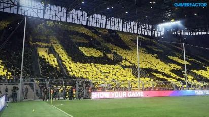 Pro Evolution Soccer 2017 - Borussia Dortmund vs Shalke 04 no Signal Iduna Pack